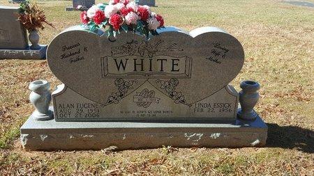 ESSICK WHITE, LINDA - Forsyth County, North Carolina | LINDA ESSICK WHITE - North Carolina Gravestone Photos